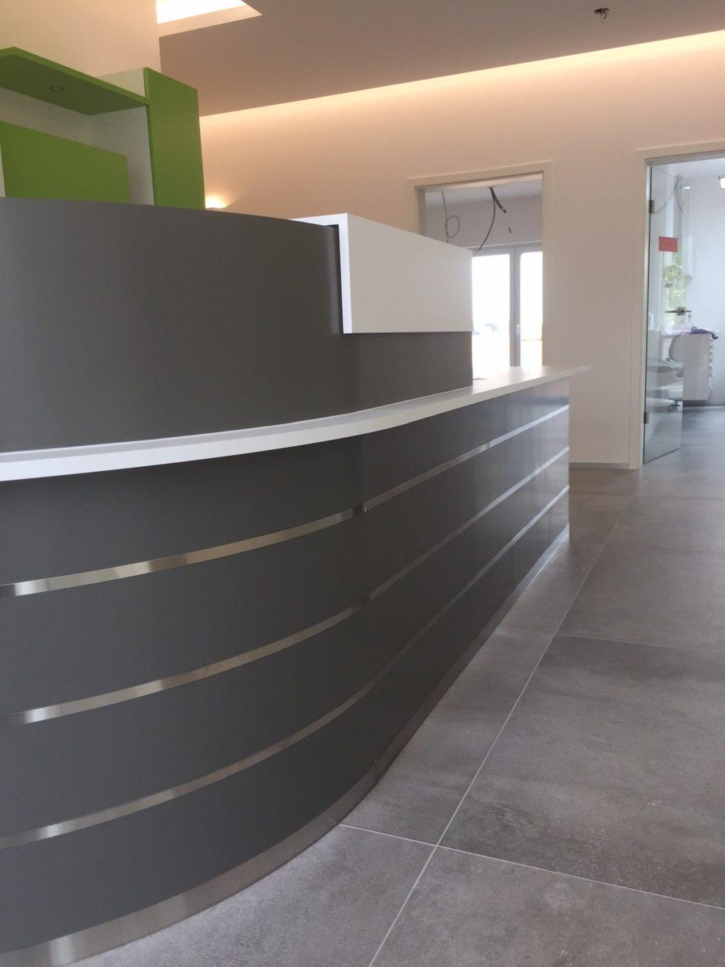 r alisation d 39 un comptoir pour un cabinet dentaire mt design. Black Bedroom Furniture Sets. Home Design Ideas