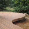 Terrasse arrondie sur mesure en bois ipé courbe jardin menuiserie sur mesure Wavre maison moderne travaux