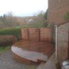 terrasse arrondie a wavre bois mouille ipe sur mesure mur en brique arrondis palissade collstrop