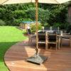terrasse arrondie dans un jardin de wavre avec spots integre terrasse en ipe arrondi sur mesure