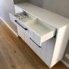 console sur mesure avec tiroir ouvert blanc menuiserie sur mesure walhain