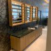 Meuble à clés éclairage accueil hotel de luxe